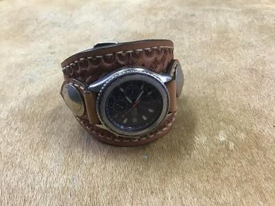 時計ベルトバスケット (3)